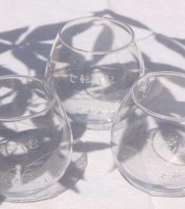 起き上がりこぼしグラス